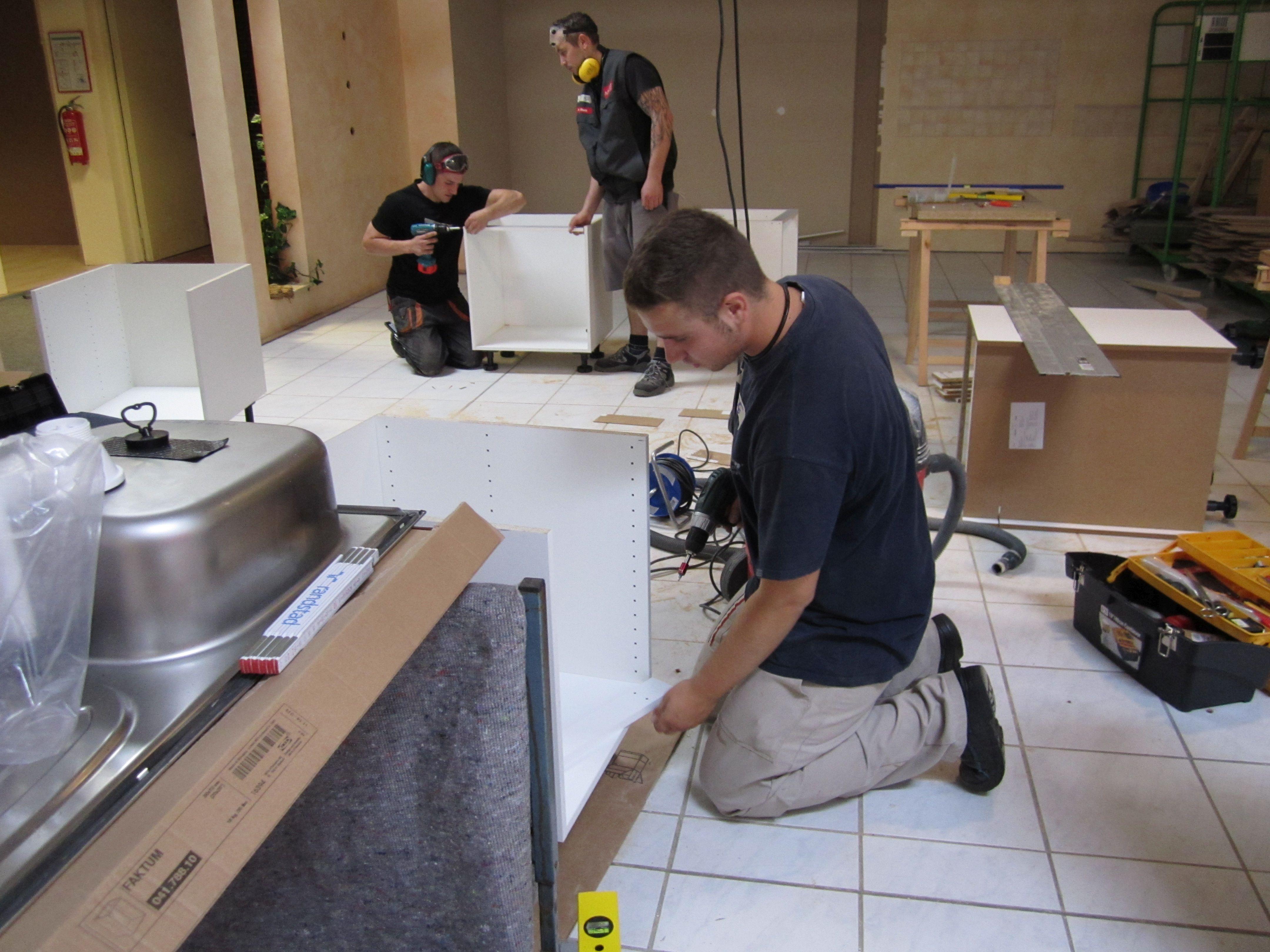 Fachkraft für Möbel-, Küchen- und Umzugsservice - BZTG